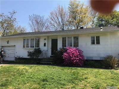 Brentwood Single Family Home For Sale: 629 Freeman Ave