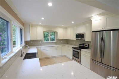 Westhampton Single Family Home For Sale: 26 N Quarter Rd