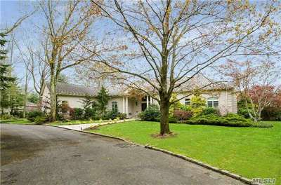Old Westbury Single Family Home For Sale: 16 Pheasant Run