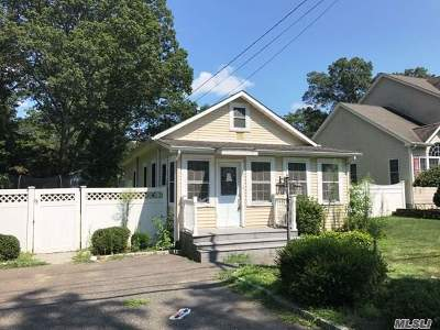 Single Family Home For Sale: 177 Harrison Ave
