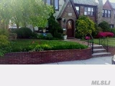 Rego Park Single Family Home For Sale: 89-23 63rd Ave