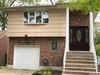 W. Hempstead Single Family Home For Sale: 302 Maple St