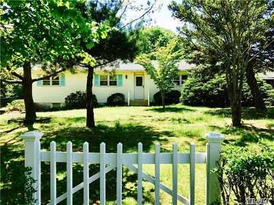 Jamesport Single Family Home For Sale: 143 Manor Lane