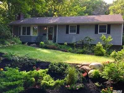 Port Jefferson Single Family Home For Sale: 19 Pilgrim Dr