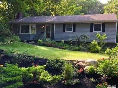 Port Jefferson Single Family Home For Sale: 19 Pilgrim Dr