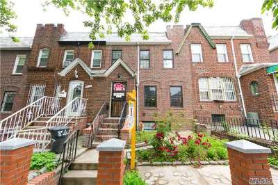 Jackson Heights Single Family Home For Sale: 30-29 84 St