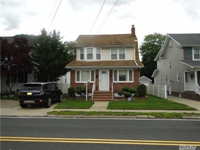 Lynbrook Single Family Home For Sale: 191 Ocean Ave