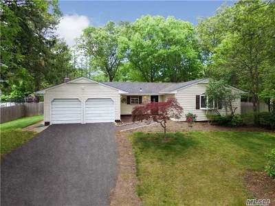 S. Setauket Single Family Home For Sale: 35 Betty Ann Dr