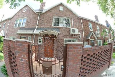 Briarwood Single Family Home For Sale: 147-74 Grand Central Pk