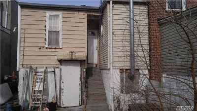 Brooklyn Multi Family Home For Sale: 162 McKinley Ave