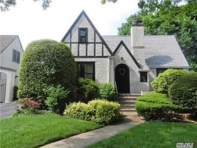Baldwin Single Family Home For Sale: 927 Lorenz Ave