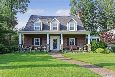 Rockville Centre Single Family Home For Sale: 153 Roxen Rd