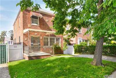 Briarwood Single Family Home For Sale: 141-23 Hoover Ave