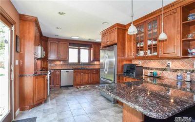 Single Family Home For Sale: 116 Hampton Way