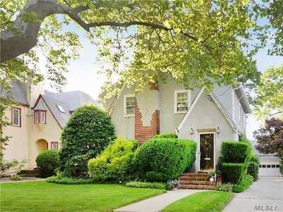 Baldwin Single Family Home For Sale: 717 William Street