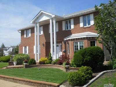 Bellmore Single Family Home For Sale: 3139 Jason Dr