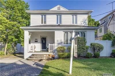 Hewlett Single Family Home For Sale: 1525 Hewlett Ave