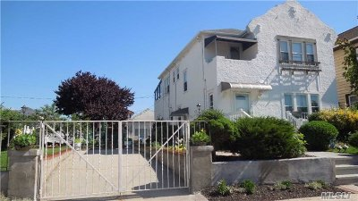 Long Beach Multi Family Home For Sale: 155 W Market St