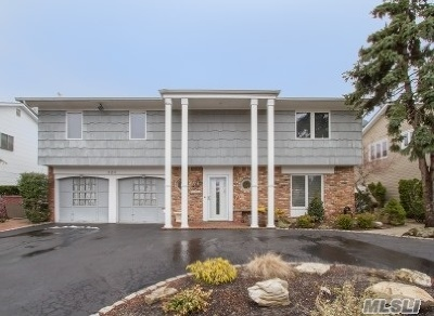 Bellmore Single Family Home For Sale: 3211 Judith Dr
