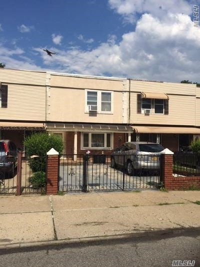 Brooklyn Single Family Home For Sale: 541 Thomas S Boyland St