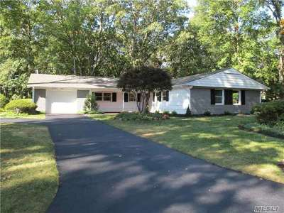 Stony Brook Single Family Home For Sale: 30 Sycamore Cir