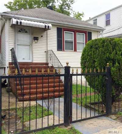 Inwood Single Family Home For Sale: 24 Saint George Pl