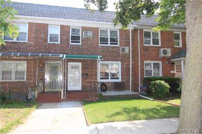Fresh Meadows Single Family Home For Sale: 75-15 168th St