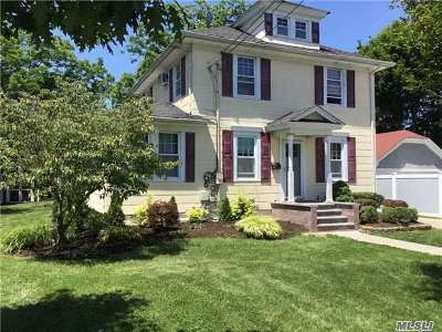 Islip Single Family Home For Sale: 108 Smith Ave