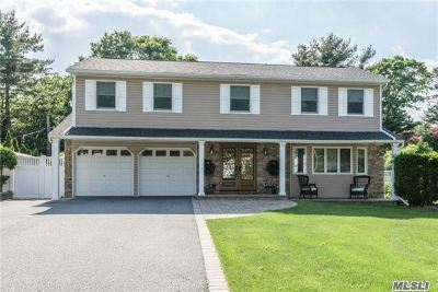 Hauppauge, Nesconset Single Family Home For Sale: 94 Wedgewood Dr