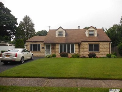 Single Family Home For Sale: 2001 Earl Dr