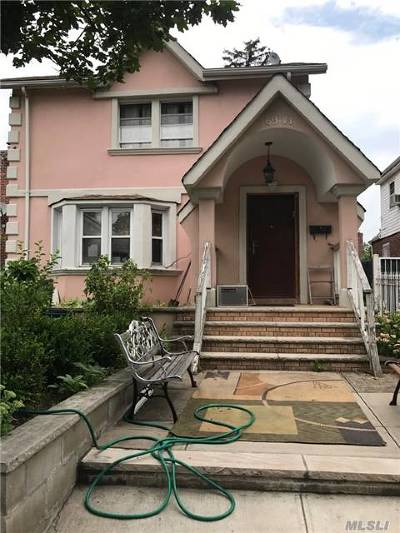 Fresh Meadows Single Family Home For Sale: 69-41 180th St