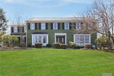 E. Setauket Single Family Home For Sale: 19 Ledgewood Cir