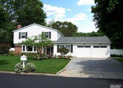 Stony Brook Single Family Home For Sale: 9 Ormont Ln