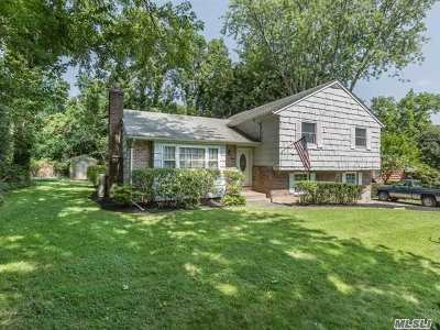 Stony Brook Single Family Home For Sale: 27 William Penn Dr