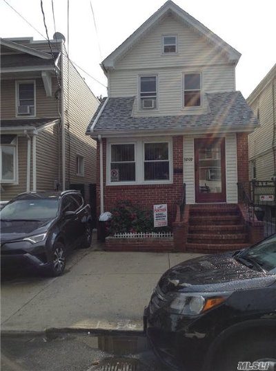 Woodhaven Single Family Home For Sale: 92-08 92nd St