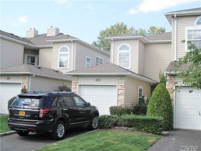 Hauppauge NY Rental For Rent: $3,500