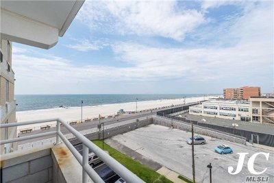 Long Beach NY Condo/Townhouse For Sale: $625,000