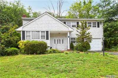 Hauppauge Single Family Home For Sale: 10 Spacecraft Ln