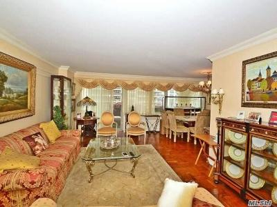Bayside, Oakland Gardens Co-op For Sale: 18-15 215 St #5M