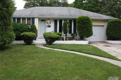 Islip Single Family Home For Sale: 433 Commercial Ave