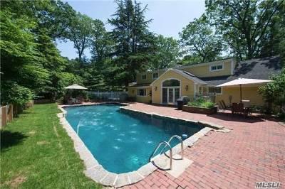 Centerport Single Family Home For Sale: 32 Morahapa Rd