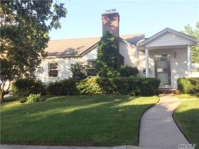 Bayside Single Family Home For Sale: 64-19 212 St