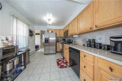Levittown Single Family Home For Sale: 65 Hill Ln