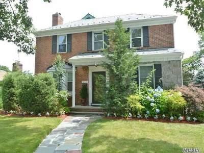 Jamaica Estates Single Family Home For Sale: 178-28 Grand Central Pky