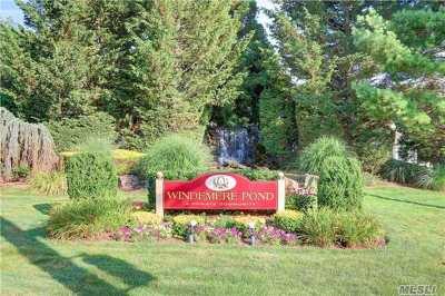 Bay Shore Single Family Home For Sale: 20 Lakeside Ln