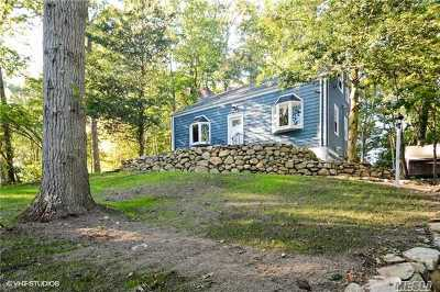 Stony Brook Single Family Home For Sale: 45 Hawkins Rd