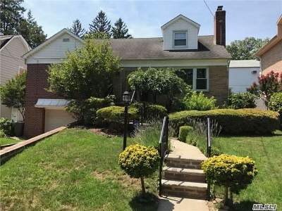 Jamaica Estates Single Family Home For Sale: 83-10 Chevy Chase St