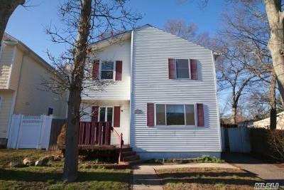 Lake Grove Single Family Home For Sale: 27 Magnolia Ave