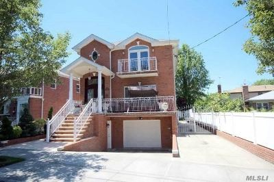 Fresh Meadows Single Family Home For Sale: 73-12 170th St