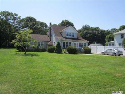 Jamesport Single Family Home For Sale: 105 Washington Ave